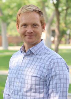 Dr. Daniel Sterner
